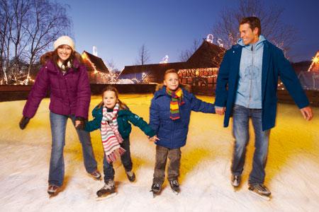 schlittschuhlaufen-familie-winter-zoo