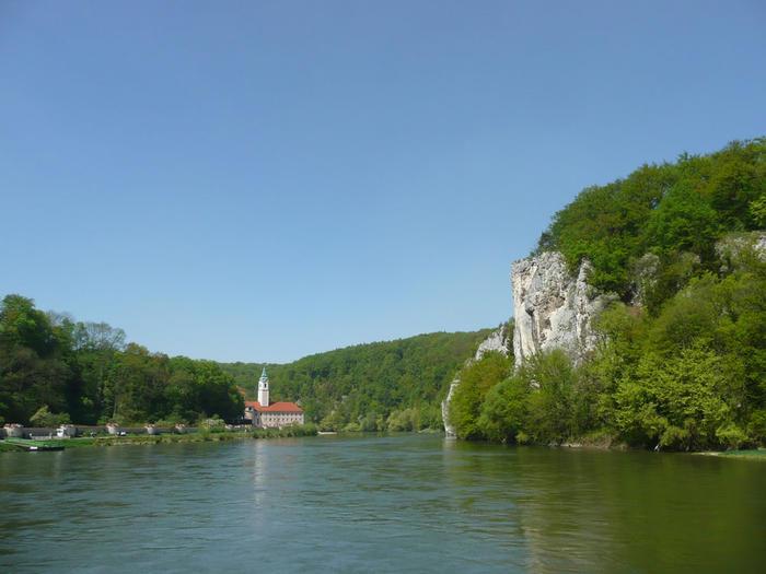 Junge-Donau_Kloster-Weltenburg_front_magnific