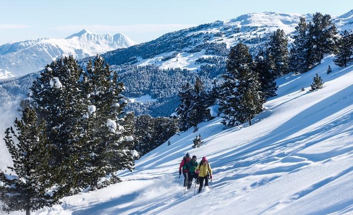 Quelle: Presseportal, BILD zu TP/OTS - Schneeschuhwandern in der Ferienregion Hall-Wattens in Tirol